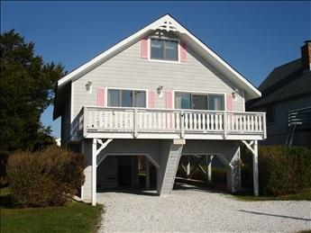 Ample off street parking. - 439 Sunset Boulevard 93353 - Cape May - rentals