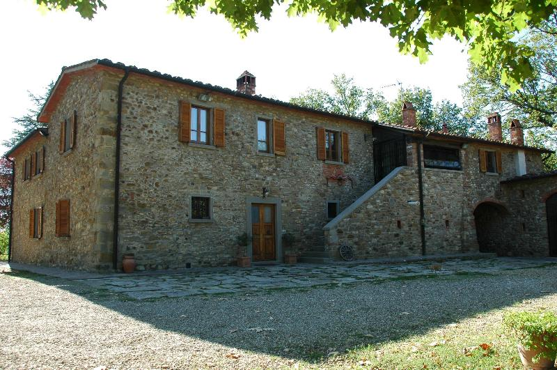 CAMINETTO- FARMHOUSE, POOL, AIR CONDIT, PLAYGROUND - Image 1 - Arezzo - rentals