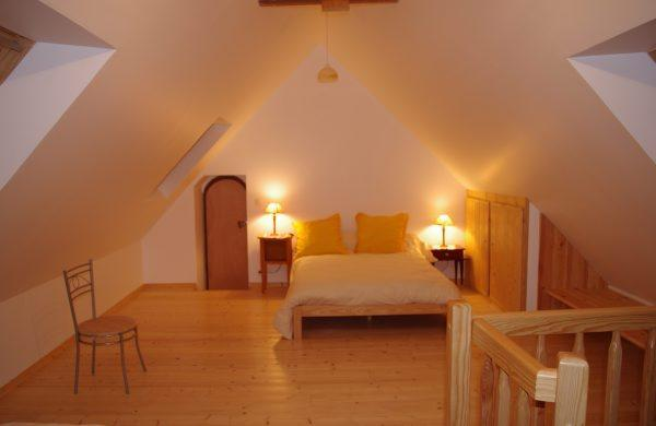 First Floor bed room. Bed for two - Gite de Pont Losquet. - Treguier - rentals