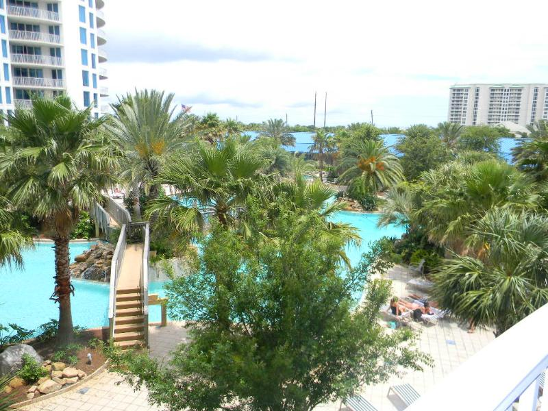 Palms 2315 Full 2 BR-RJ Fun Pass-Buy3Get1FreeThru5/26-AVAIL5/30-6/3 $906-Shuttle2Bch - Image 1 - Destin - rentals
