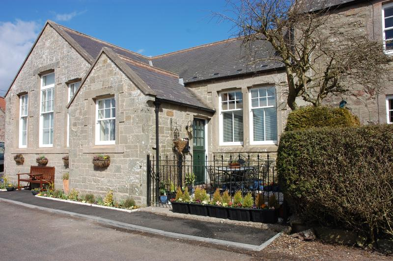 The Old School. Tranquil Rural Location. No rush hour here!! - Beautiful Grade 2 Listed Old School. - Berwick upon Tweed - rentals