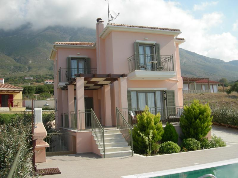 2 Bedroom Luxury Villa Penelope - Image 1 - Cephalonia - rentals