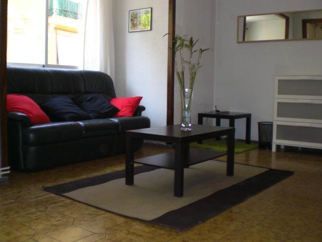Ap 8 pax, wifi, A/C, 4 bedrooms. Sagrada Familia. - Image 1 - Barcelona - rentals