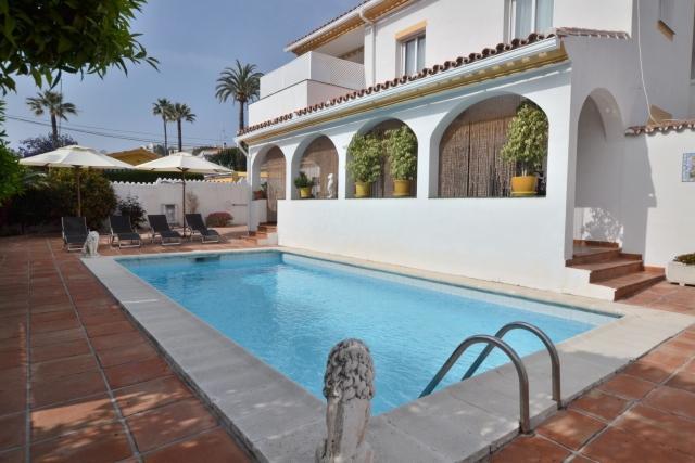 Villa La Campana - Image 1 - Marbella - rentals