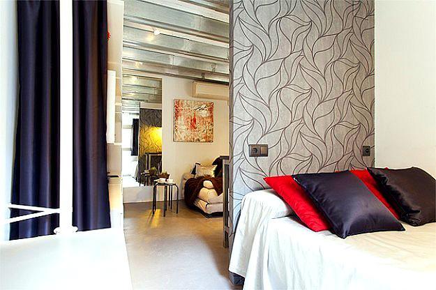 CentriK master bedroom, a charming dream - 1 BR next to La Rambla/Pl. Catalunya - CentriK apt - Barcelona - rentals