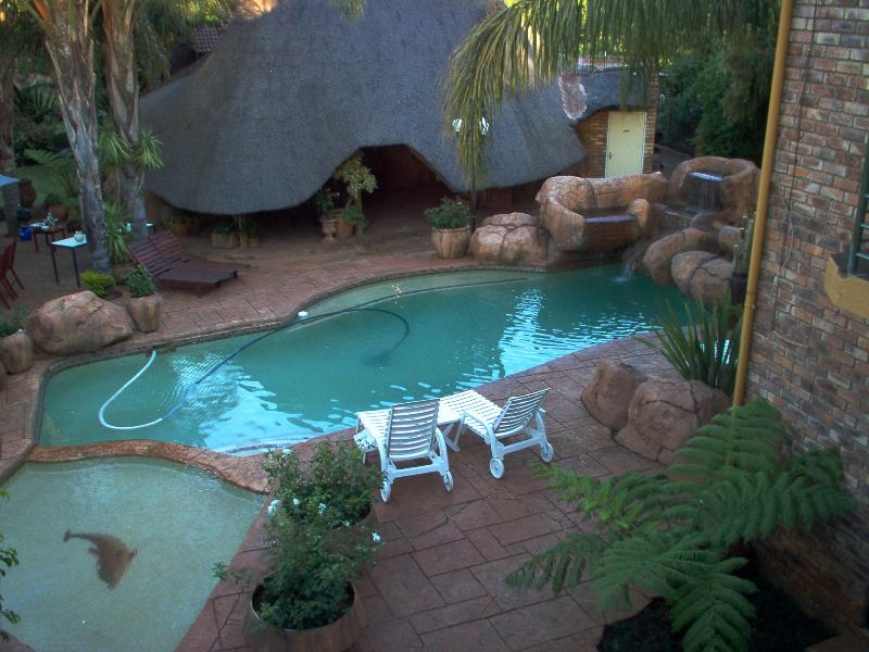 View from balcony on second floor - Francor Guesthouse B&B - Gauteng - rentals