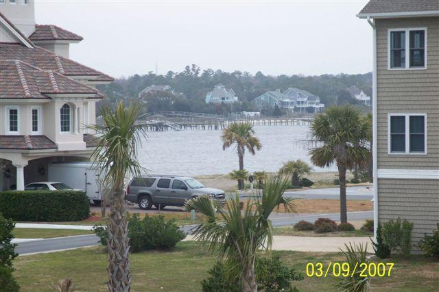 view off the back deck area.. waterway . - Carolina Beach, 2 bd, Marina, Fishing Pier, Gated - Carolina Beach - rentals