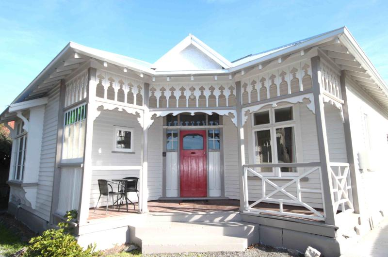 Beautiful historic Villa - Clarence House - Riccarton - rentals