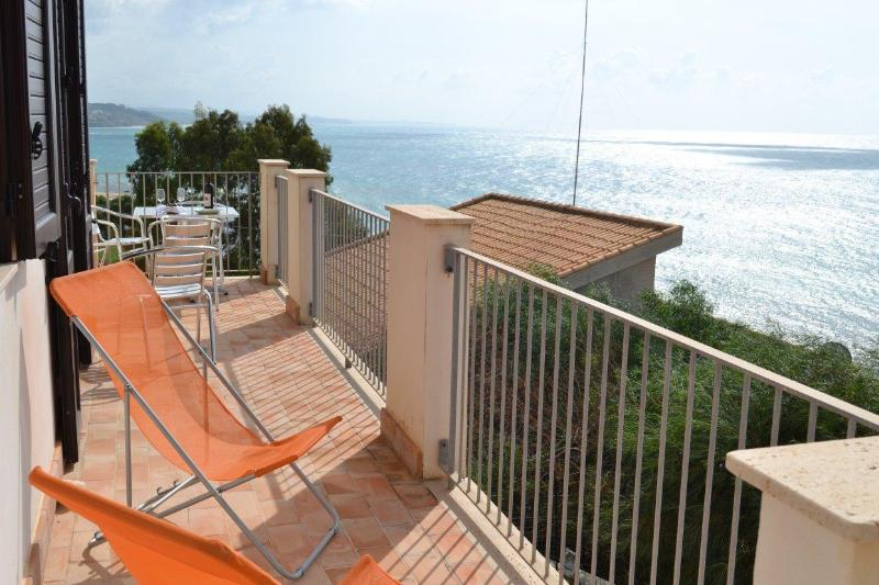 Apt Windows on Sea Views&Golf.Sciacca - Image 1 - Sciacca - rentals