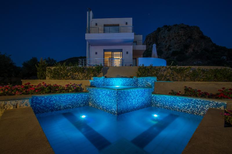 Night view of Villa Sirocco - Anemon Villas - Villa Sirocco 20% June Discount - Chania - rentals