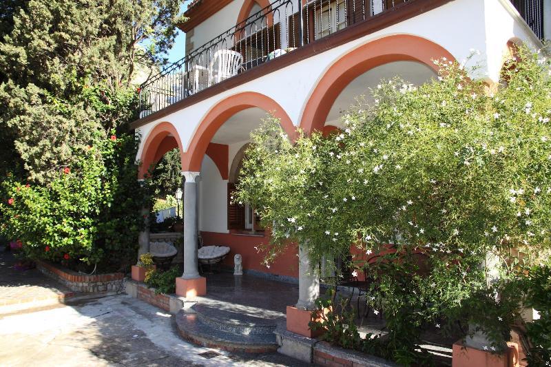 Villa Caterina - Apt. Zora - Image 1 - Cefalu - rentals