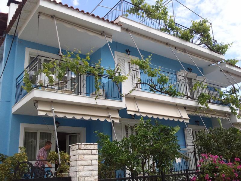 POSEIDON Apartments - Image 1 - Anavyssos - rentals