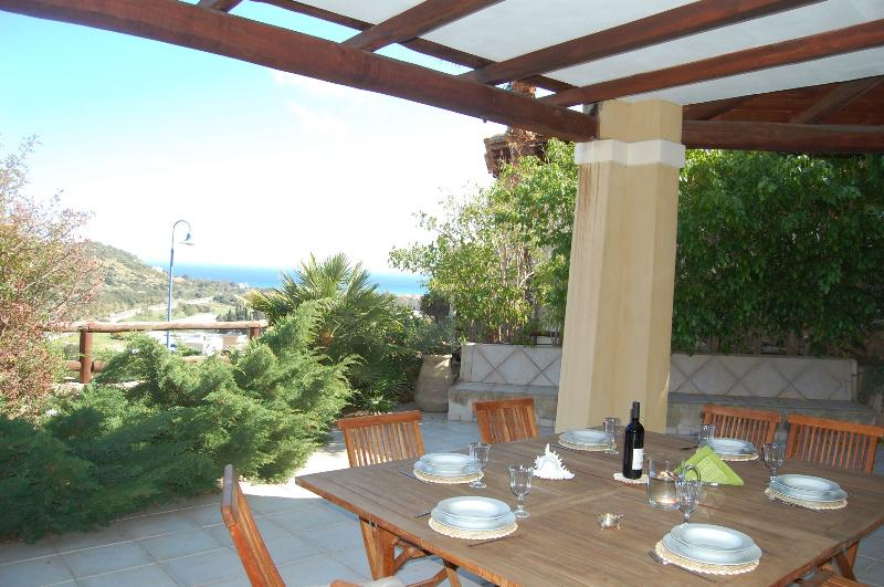 Apartment with beautiful sea view in Villasimius central - Image 1 - Villasimius - rentals
