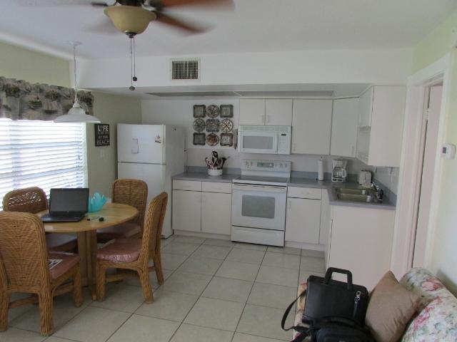 Living Area - 1 Bedroom Condo,  Large Heated Pool, Great Beach - Redington Shores - rentals