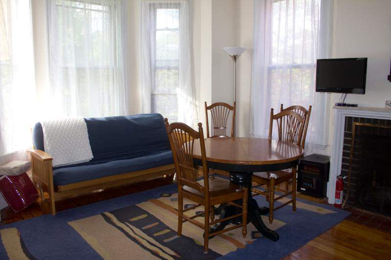Nice Studio with great light in fabulous location - Image 1 - Portland - rentals