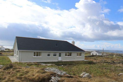 Dolan - The most of the stunning views over the Atlantic Ocean. - Image 1 - Roundstone - rentals