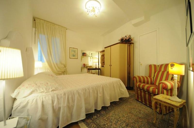 MAMO charming apartment close to Duomo square - Image 1 - Florence - rentals