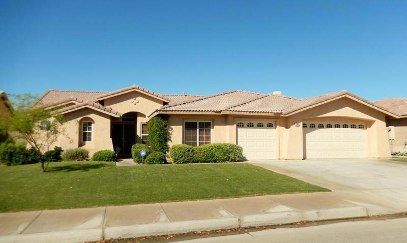 House Front 1 - FANTASTIC  PRIVATE VACATION HOUSE IN THE BEST LOCATION (LA QUINTA) - La Quinta - rentals