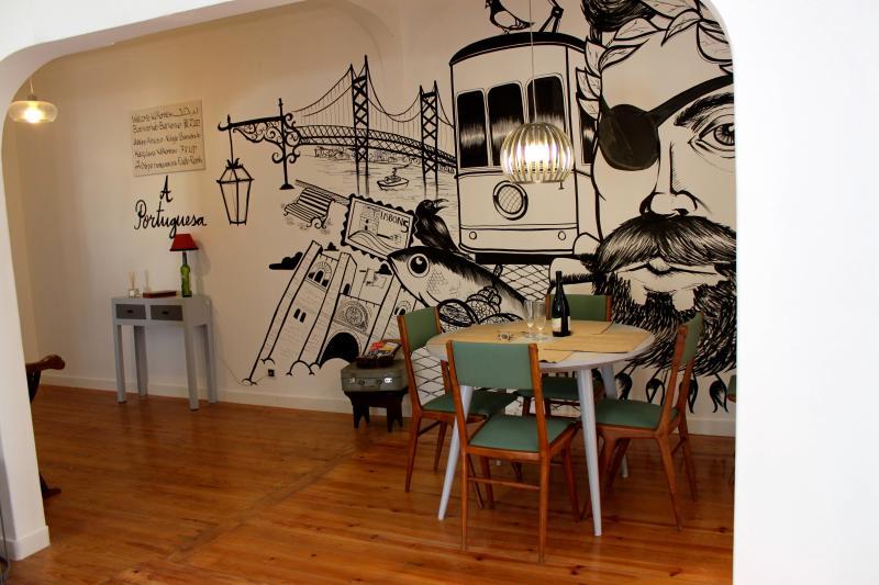 A Portuguesa, at Bica's Funicular St - Image 1 - Lisbon - rentals