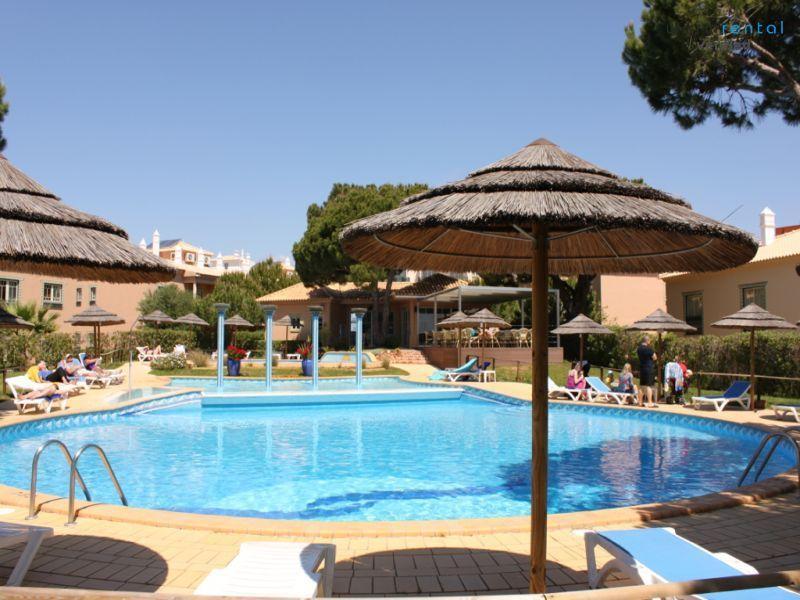 Pool Area - Jitterbug Apartment, Santa Eulalia, Albufeira - Portugal - rentals