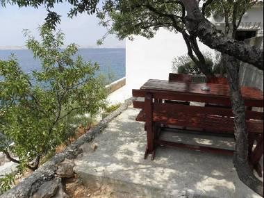 A2(4): garden terrace - 5793  A2(4) - Lukovo Sugarje - Croatia - rentals