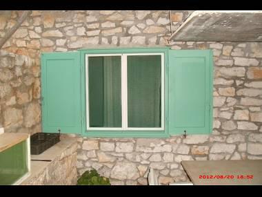 H(4): detail - 7302 H(4) - Cove Podrazisce (Selca) - Selca - rentals