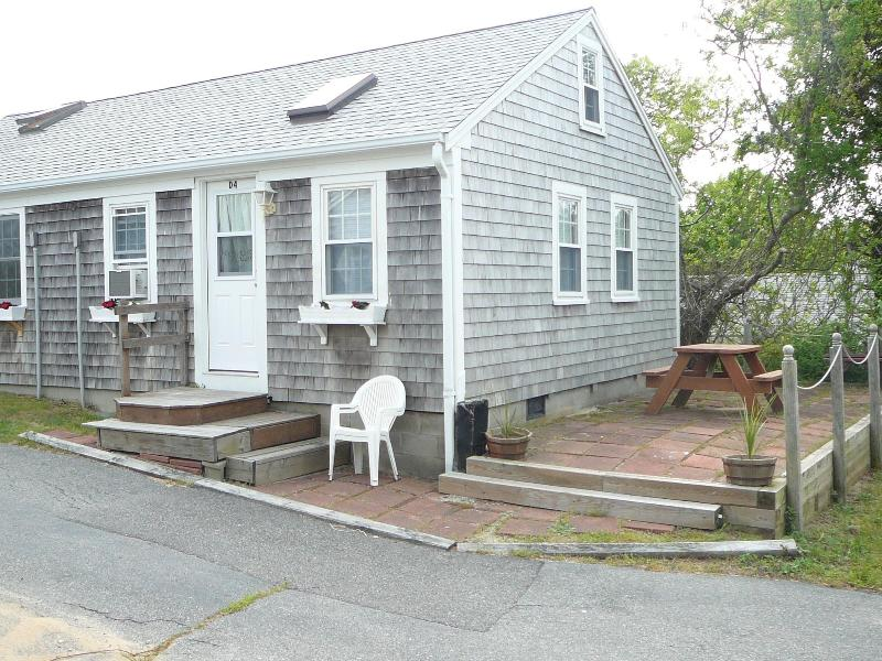 Exterior - 1 Bedroom Condo Across from Gendon Road Beach - Massachusetts - rentals