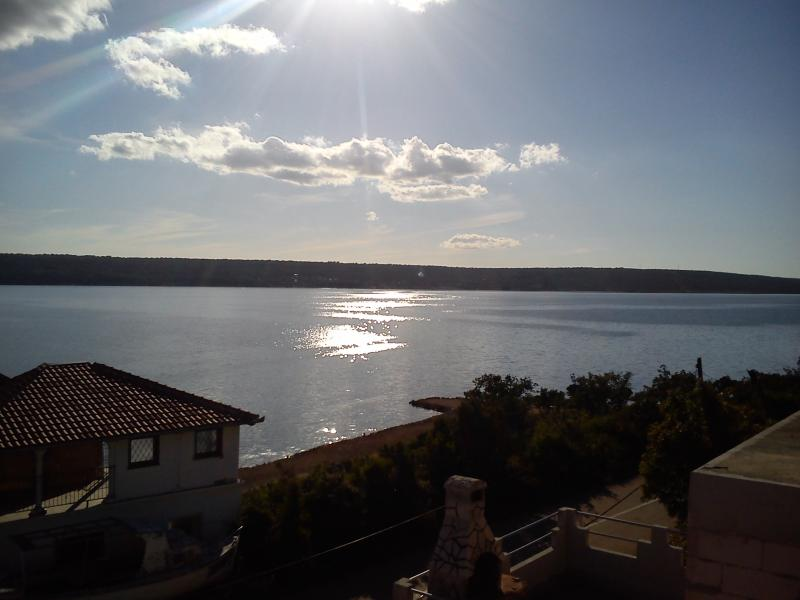 Apartment with beautiful sea view - Image 1 - Gornji Karin - rentals