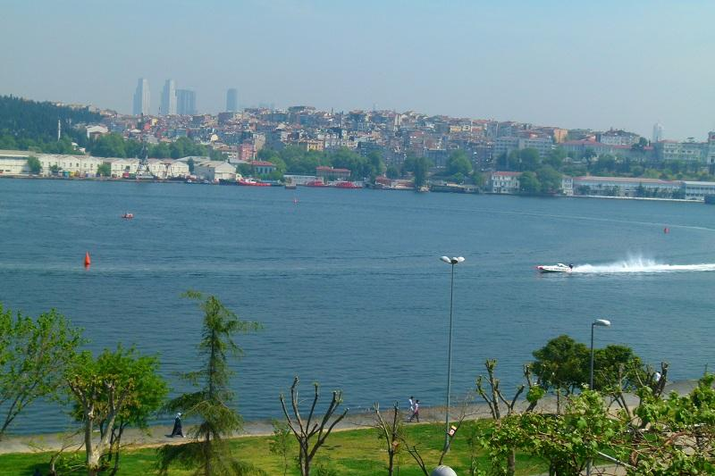 SULTAN SUITS GOLDEN HORN 3, Newly Renovated Exclusive Ottoman Style Apartments with Hamam! - Image 1 - Istanbul - rentals