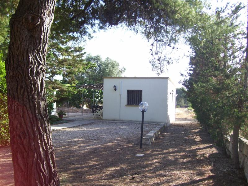 Mediterranean house at 150 mt from the beach - Image 1 - Porto Cesareo - rentals