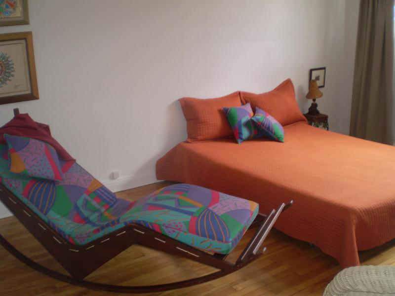 Master bedroom - Montreal, St-Lambert, next to Osheaga - Quebec - rentals