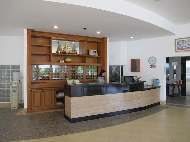 Apartment  For Rent Jamchuree Condo At Hua Hin - Image 1 - Hua Hin - rentals