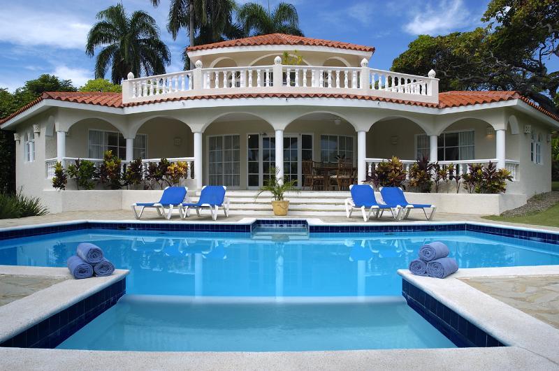 3 BR Crown Villa ***Gold Bracelets*** - Image 1 - Puerto Plata - rentals