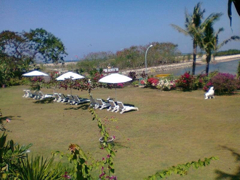 outdor area - Beach front apartment at sanur beach - Sanur - rentals