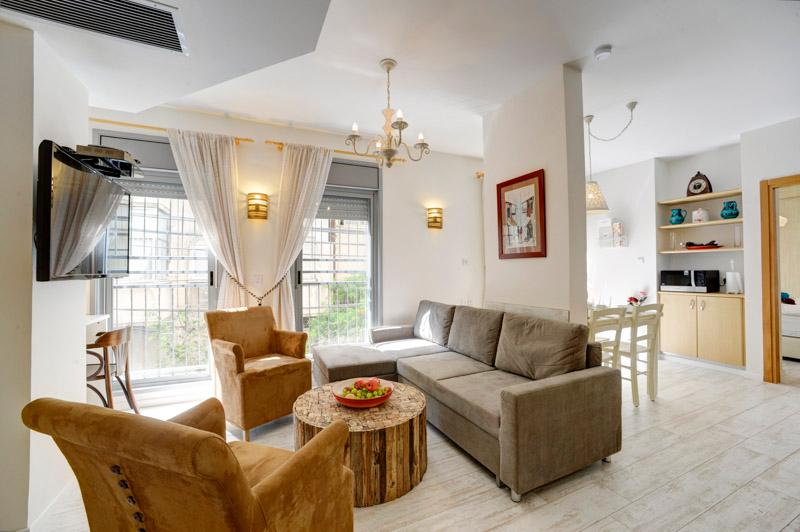 Living Room - Luxurious apartment near the sea, Shalom Aleichem Street 22 - Tel Aviv - Tel Aviv - rentals