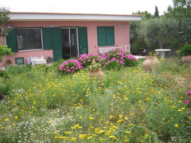Villa Belsoggiorno - Image 1 - Taormina - rentals