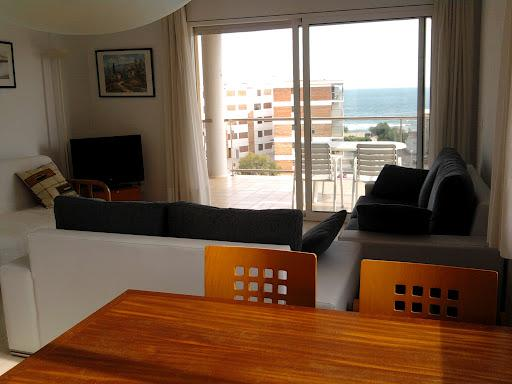 2 bedrooms apartment 70m to the beach - 4/6 people - Image 1 - Roses - rentals