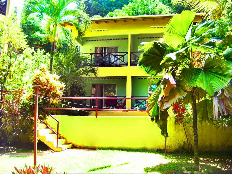 housefront - Sealevel Guesthouse - Castara - rentals