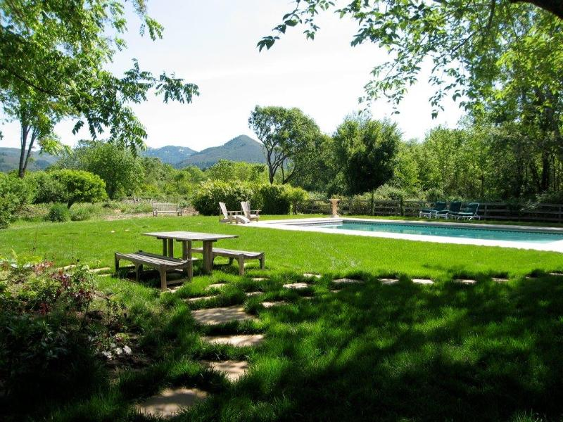 Pristine view of Sugarloaf from house across rear yard - Brambleberry: View, Pool, Spa, Bocce, Elevator - Kenwood - rentals