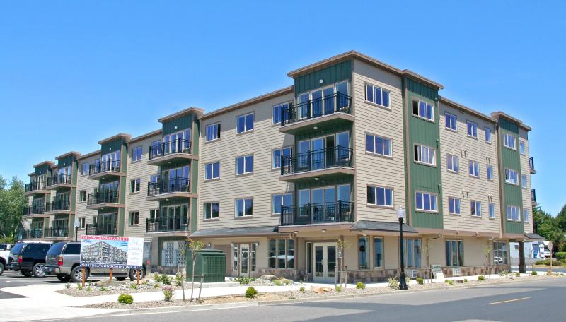 Outside of building ! - Beautiful Condos in Old Town on the Harbor - Florence - rentals
