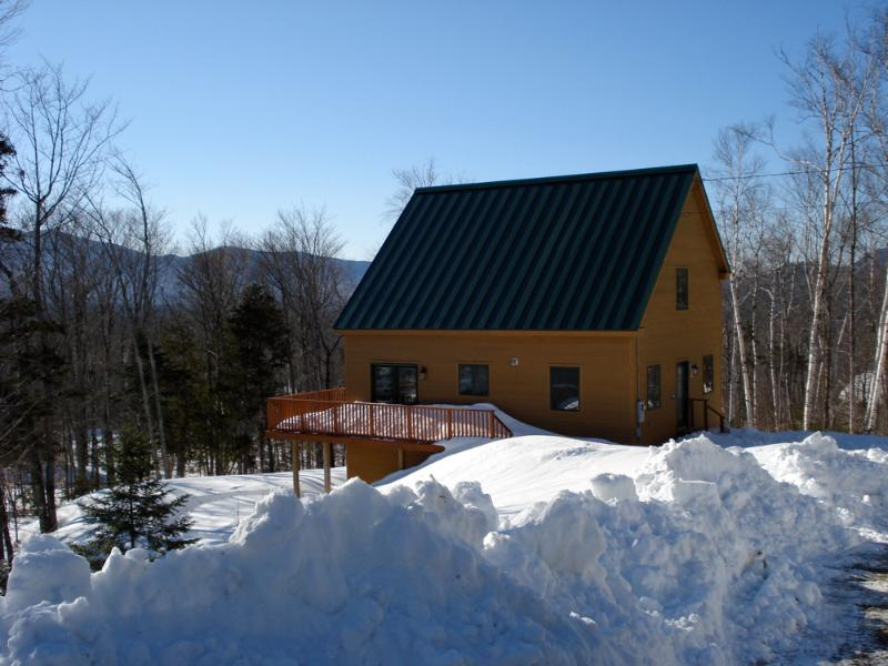 Lot's of snow - Green Ski Retreat at Sugarloaf - Carrabassett Valley - rentals