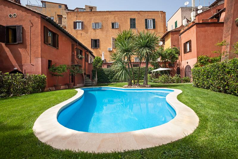 Trendy apt. with pool in the heart of Trastevere - Image 1 - Rome - rentals