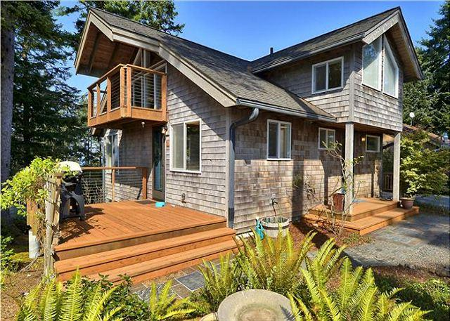 Double Happiness - A Retreat of Your Very Own! - Image 1 - Manzanita - rentals
