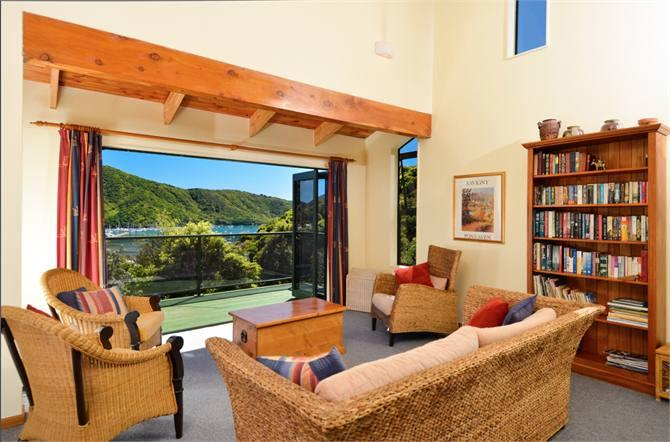 Sunny with Views - Marina Views - Picton - rentals