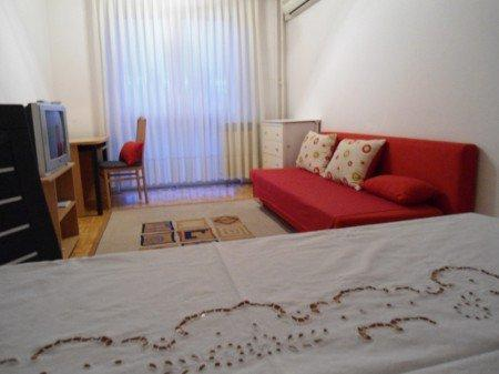 Apartment  in Zagreb  40m2 - 50 eura / night - Image 1 - Zagreb - rentals