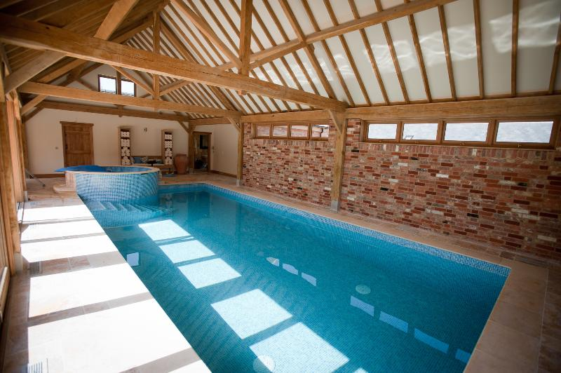 Swimming Pool - Poppinghole Farm Cottages _ Old Spot Cottage - Robertsbridge - rentals