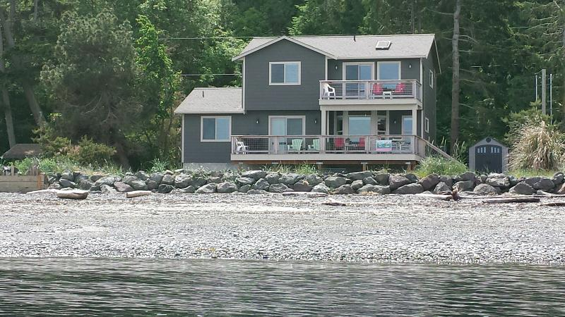 Back of the house facing the beach- a few feet from the ocean - BEACHFRONT NEW HOME w/SUNROOM FACIN PROTECTION IS - Sequim - rentals