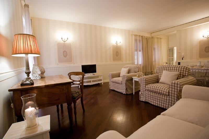 Residenza La Scaletta - Image 1 - Verona - rentals