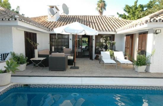 Villa Lexi 41330 - Image 1 - Marbella - rentals