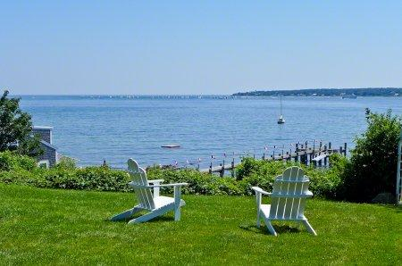 WEST CHOP WATERFRONT COLONIAL WITH PRIVATE BEACH ACCESS - VH PJEW-55 - Image 1 - Vineyard Haven - rentals